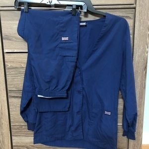 Small Cherokee Navy LS jacket & Elastic pants
